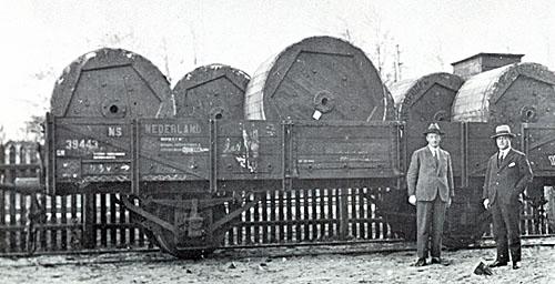 TKF4 haspels op trein