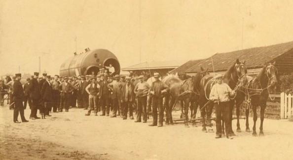 transport door Van Wezel van Stork ketel naar Almelo in ca 1910